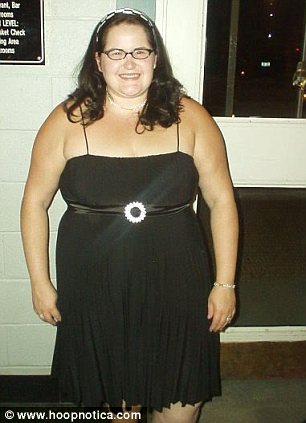 Jen Moore before she lost 143lbs thanks to hula-hooping
